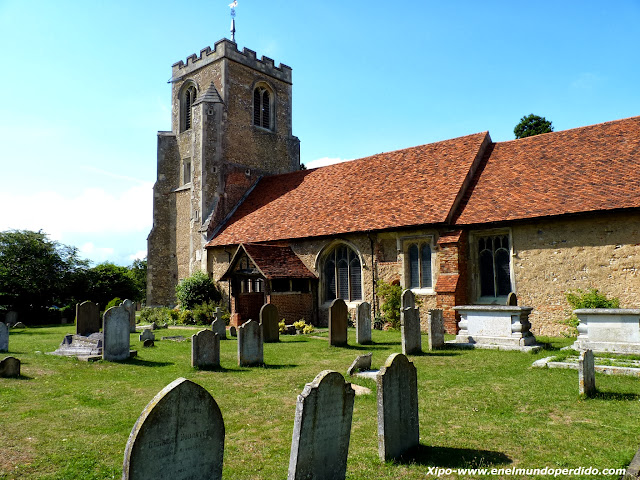 st-mary-at-latton-church-harlow-essex.JPG
