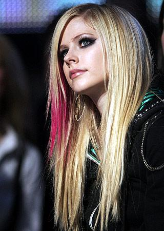 Avril Lavigne Emo Blonde Girl Hairstyles