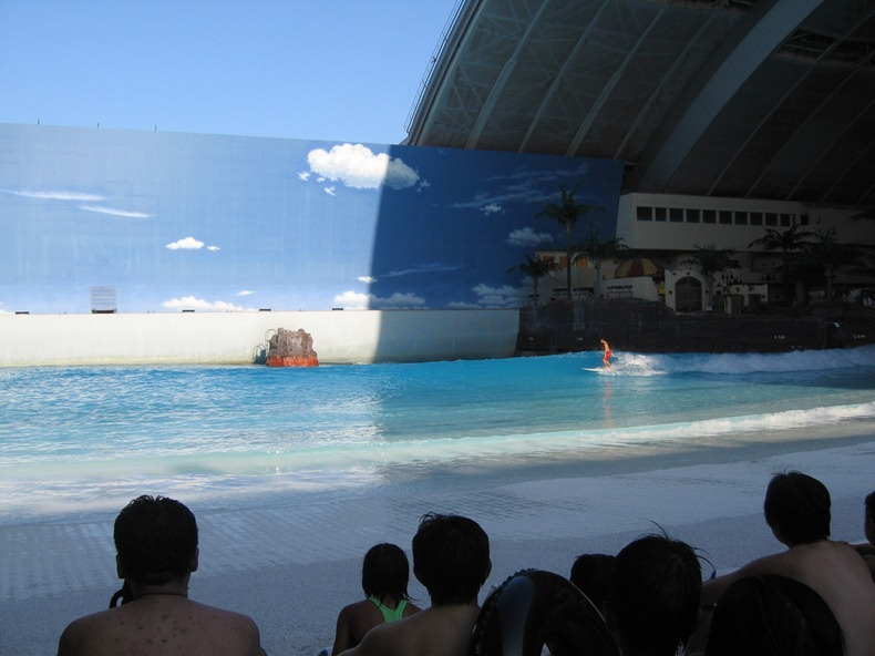 Seagaia Ocean Dome An Artificial Beach In Japan Amusing Planet - Indoor man made beach japan incredible