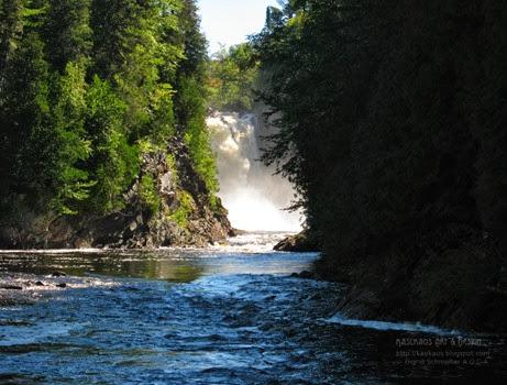 agawa-falls