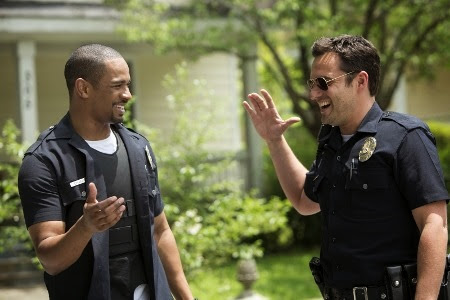 Damon Wayans Jr and Jake Johnson in Let's Be Cops