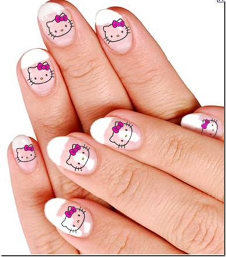 hello-kitty-nails