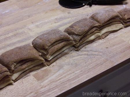 cinnamon-pull-apart-bread 029