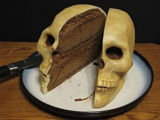 bizarre_birthday_weird_ccakes_07