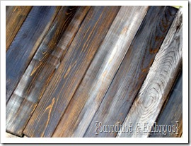 Distressed 'Barn Boards' Tutorial