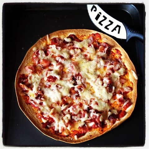 #100 - cheats pizza with bacon