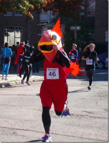 funny-runner-costumes-36