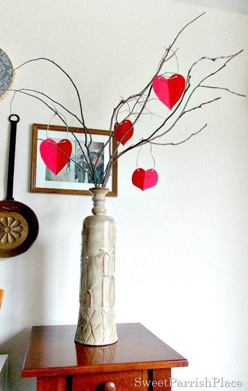 paper heart Valentine Tree2