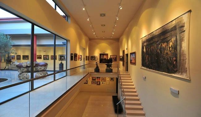 Έκθεση κορυφαίων Ελλήνων ζωγράφων στο Apollonion Resort & Spa Hotel (έως 30-6-2012)