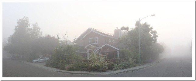 111009_fog_house_pano