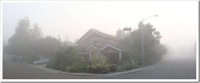111009_fog_house_pano