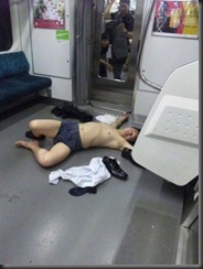 hilarious_drunk_and_wasted_people_part_6_640_05