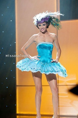 miss-uni-2011-costumes-73