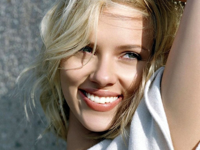 Scarlett johansson smile face wallpaper 794748259
