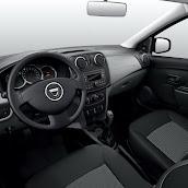 2013-Dacia-Logan-Sandero-Interior-9.jpg