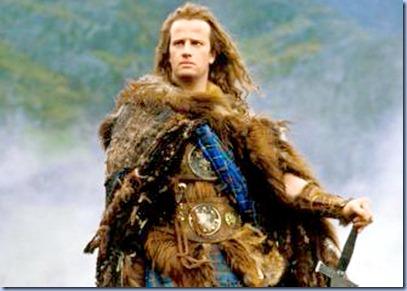 Highlander - Es kann nur Einen geben (Highlander, USA/GB 1986, Regie: Russell Mulcahy) Christopher Lambert  / Mann, Schotte, Schottenrock, Fell, Pelz, Schottland, Umhang, Schwert, Kilt, Krieger, K‰mpfer  / ------- WICHTIG: Nutzung nur bei Filmtitelnennung und/oder in Zusammenhang mit Berichterstattung ¸ber diesen Film --- IMPORTANT: To be used solely for coverage of this specific motion picture/tv programme