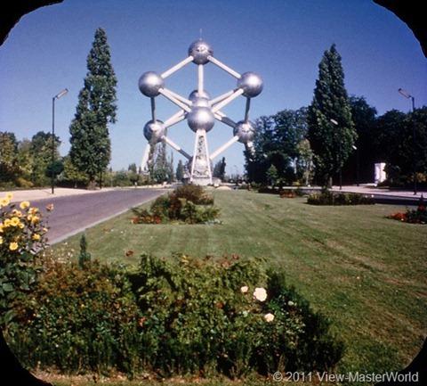 View-Master Belgium (B188), Scene 6: Atomium