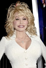 dolly-parton-premiere-joyful-noise-01