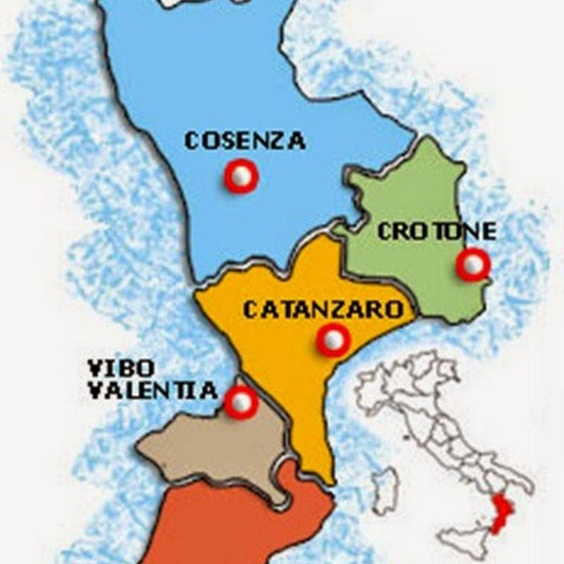 Tutto il territorio calabrese è ricco di significative opere museali.