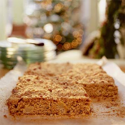 Pear-Cornmeal Crunch Cake