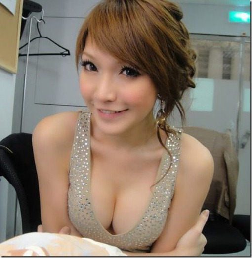 asian-women-love-23