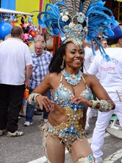 2014.08.15-002 danseuse brésilienne