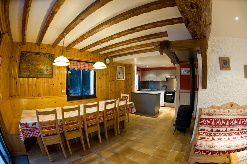 Location chalet les carroz - Garage du ski les carroz ...