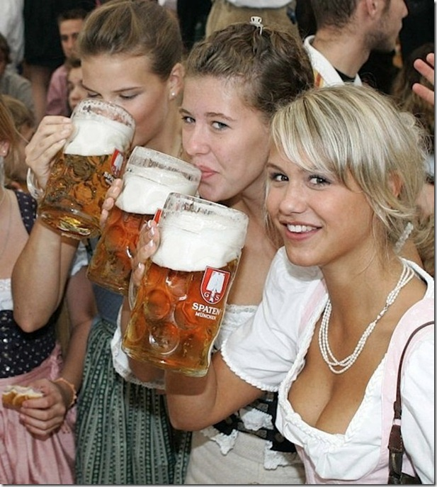 beer-drinking-girls-11