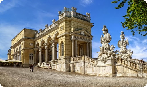 gloriette_castle_travel to europe