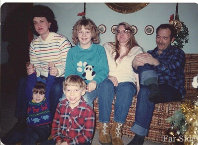 Janice, Jenny, Connie, Gene, in front Bethany and Robbie 1985 Christmas