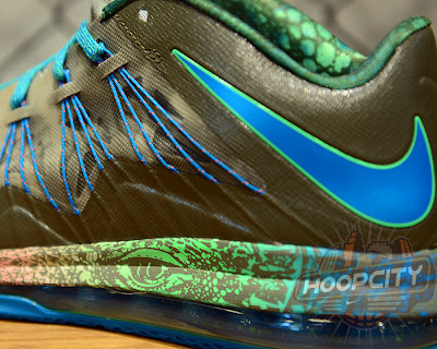nike lebron 10 low gr black turquoise blue 1 05 Surprise, Surprise... Nike Air Max LeBron X Low Tarp Green