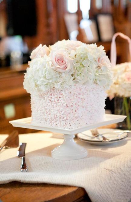 cake  loda floral design 10372_444091455646143_1100003697_n