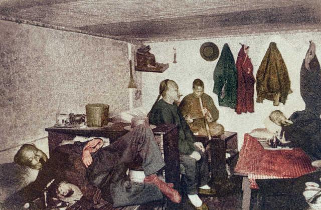 Underground Opium Den, Chinatown, San Francisco, Cal. ~ 1899.jpg