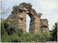 Развалины древнего Йороса. Турция. www.timeteka.ru