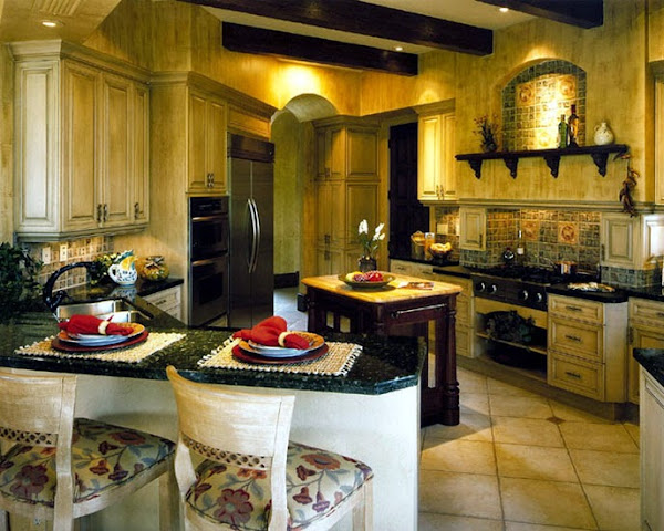 Tuscan Kitchen Decor | Casual Cottage