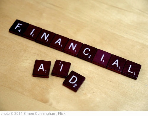 'Financial Aid' photo (c) 2014, Simon Cunningham - license: https://creativecommons.org/licenses/by/2.0/