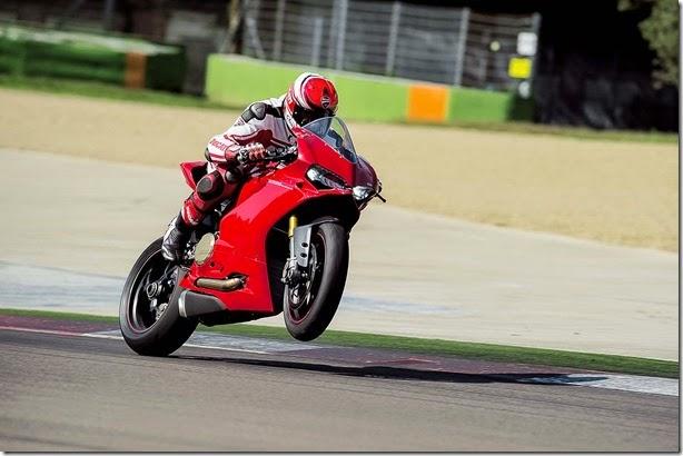 Ducati em dose dupla (1)