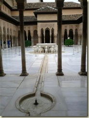 IMG_20121019_Alhambra Palace water features (Small)