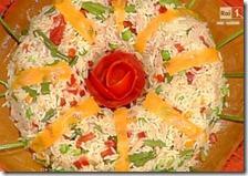 Insalata di riso con verdure e pesto al limone
