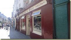 15.Galway. Murphy's Bar