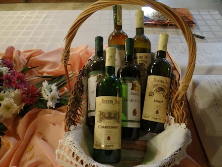 Basarabia - Drumul Vinului: Colectie vinuri Milestii Mici