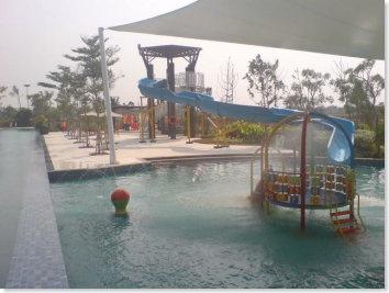 jakarta garden city water park