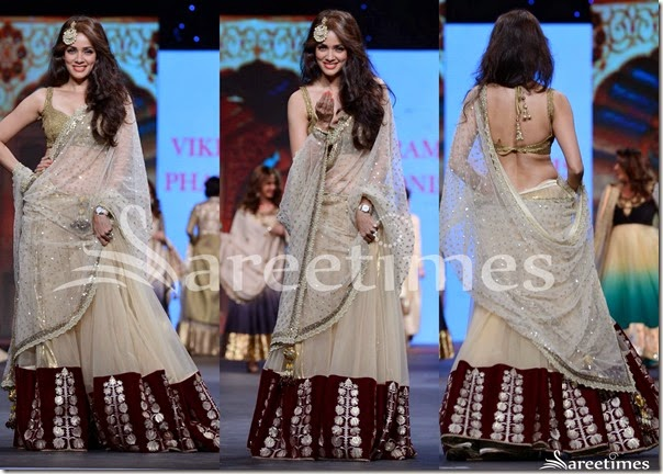 Manish_Malhotra_Cream_Net_Lehenga