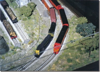 18 N-Scale Layout at the Triangle Mall in February 2000