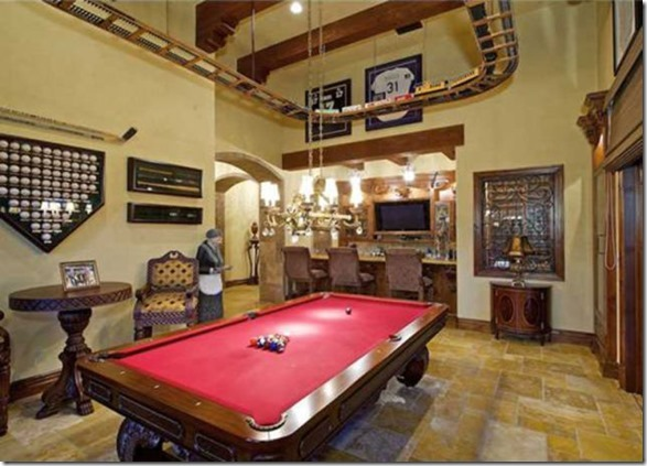 ultimate-man-cave-26