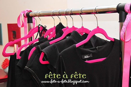 Clothes rack - LBD   pink hanger 5
