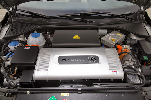 VW-HyMotion-Golf-Passat-07.jpg