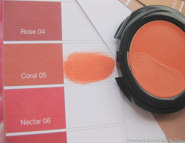 Liz Earle Cream Blush Coral (4)