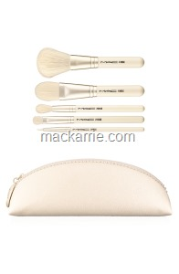 KEEPSAKES-BRUSH BAGS-Essential Brush Kit_72