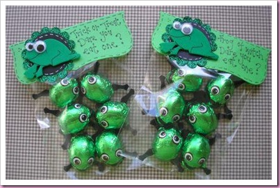Halloween Frog Trick ot Treat Bags